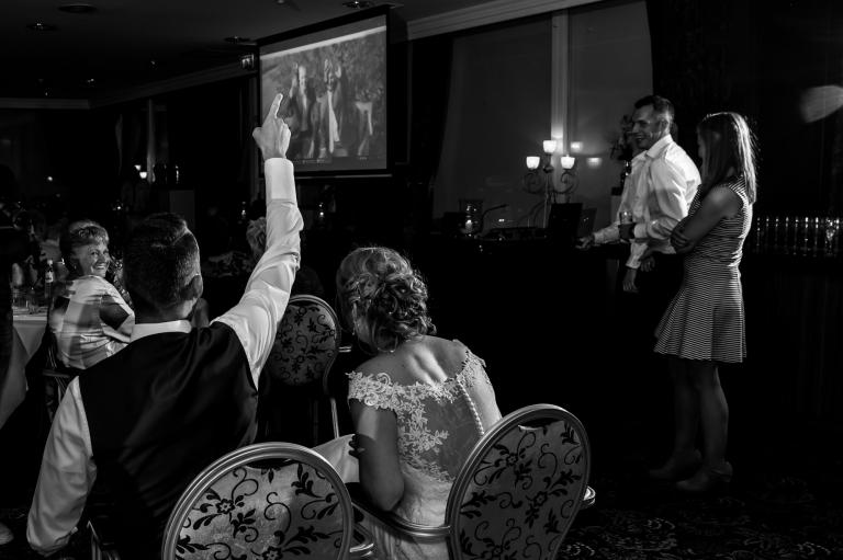Trouwreportage, Bruidsfotografie, trouwen, Drenthe, Coevorden, Peter en Sanne, Holsloot, Trouwen in Drenthe, Van der valk, Hotel, Emmen, feest, Party, Bruidsband Kink!