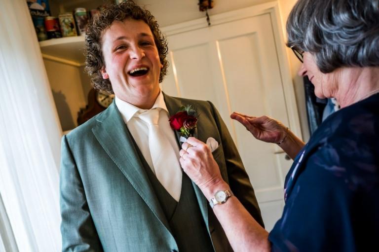Trouwe, trouwreportage, Twente, Vriezenveen, Twenterand, bruidsfotograaf, trouwfotografie, momenten, liefde, echt